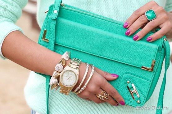 Расставляем акценты и подчеркиваем красоту: 4 правила ношения браслетов