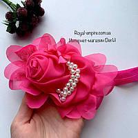 """Нарядная повязка для девочки """"Роза"""" на голову малиновая."""
