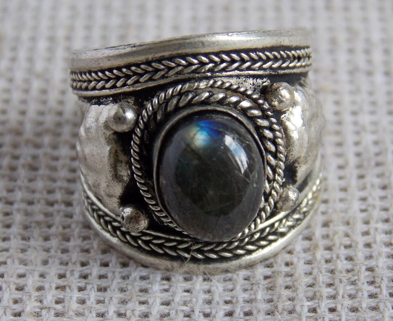Перстень  с лабрадором(№15) ручной работы. Кольцо с лабрадором