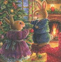 Редкая декупажная салфетка Кролики наряжают ёлку 6705
