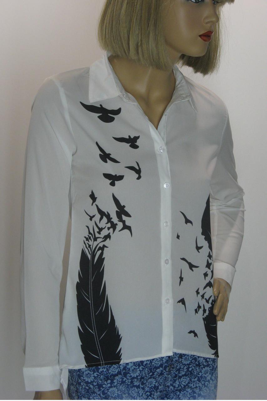 Блуза белая с принтом Бутіка