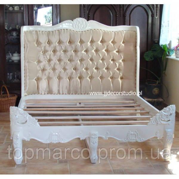 Белая стильная мягкая кровать 160х200