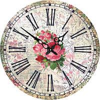 Коллекция настенных и настольных часов.
