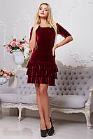 Красивое короткое бордовое велюровое платье