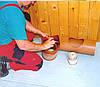 Очистка поверхности седла в самосплавной системе навозоудаления