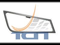 Рамка противотуманной фары правая VOLVO FH3/FM3 2005> T740019 ТСП Китай
