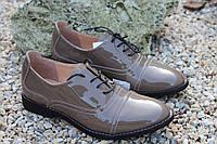 Туфельки на низком ходу натуральный лак