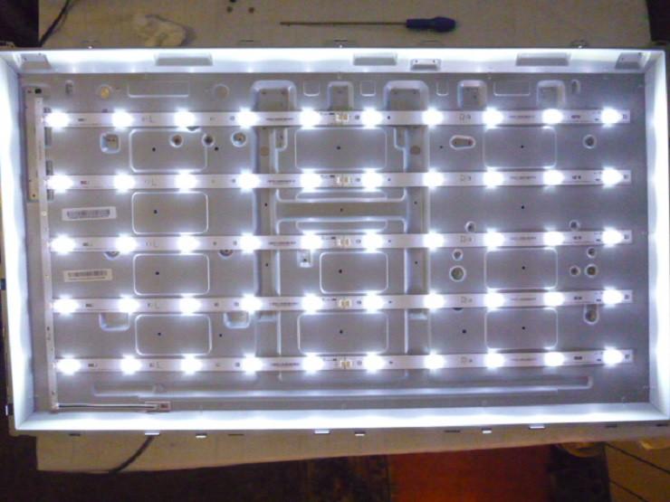 Світлодіодні LЕD-лінійки TPV3922(L_R) 00.P1B01GA01 Rev. A (матриця TPT390J1-HJ1L02).