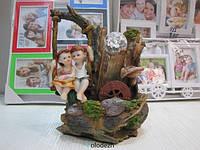 Настольный декоративный фонтан водопад мальчик с девочкой на качели. Артикул 10057