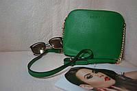 Зеленая женская сумка с твердым дном