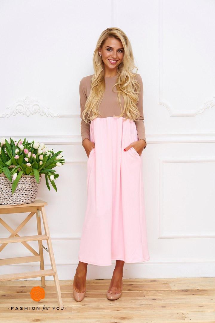 Длинное трикотажное платье с карманами