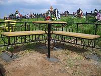 Набор кованых лавочек и стола на кладбище. Размер лавочки 250х1000, стол 500х700. Возможна установка.
