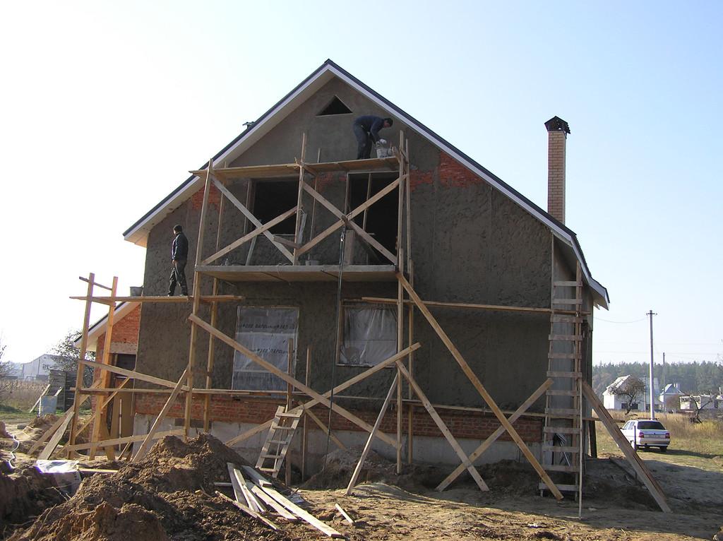 Дом из красного строительного кирпича 2