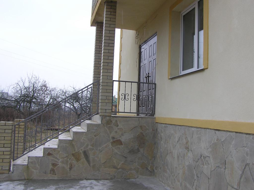 Дом из красного строительного кирпича 6