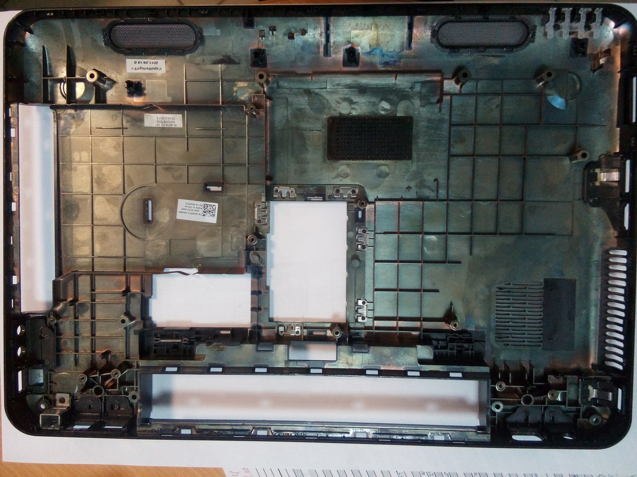 Нижняя часть корпуса ноутбука DELL Inspiron 15R N5110 M5110 CN-005T5-69400-19N-02FC-A00 0005T5
