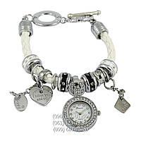 Наручные часы Pandora