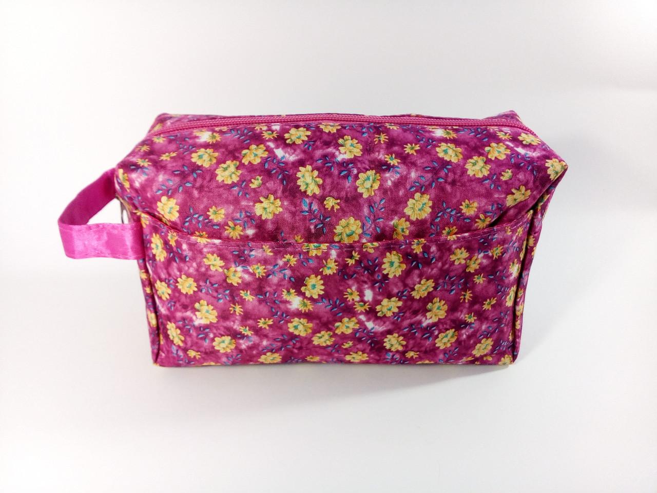 Женская розовая косметичка органайзер в цветочек  22*12*8