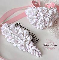 """""""Бело-розовые фрезии""""(гребень+широкий браслет) Комплект авторских свадебных украшений."""