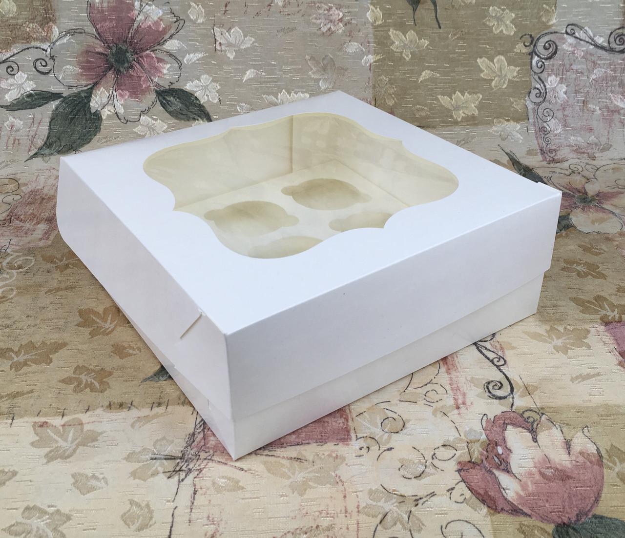 Коробка для 9-ти кексов / 250х250х90 мм / Молочн / окно-обычн