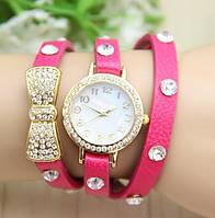 Оригинальные стильные женские часы-браслет ,розовые