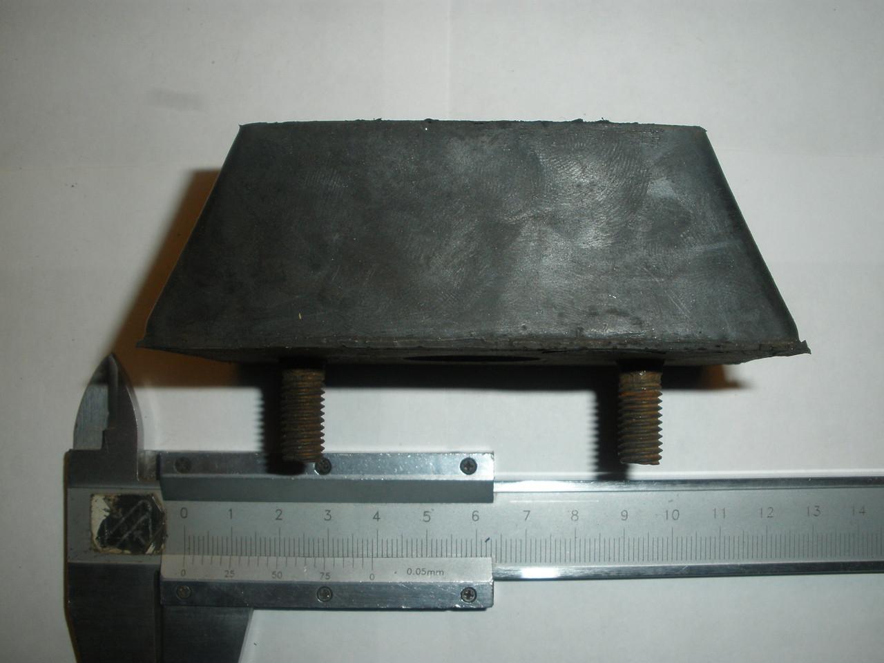 Подушка крепления радиатора ЗИЛ 5301 Бычок (3102-1001020, пр-во БРТ)
