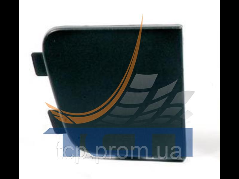 Заглушка бампера правая нижняя VOLVO FH2 2000>/FM2 2001> T730044 ТСП