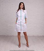 Стильный медицинский халат женский в белом цвете с цветной вставкой на молнии SM 1201-3 Леся