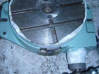 Стол поворотный круглый горизонтальный диаметр планшайбы 200 мм.