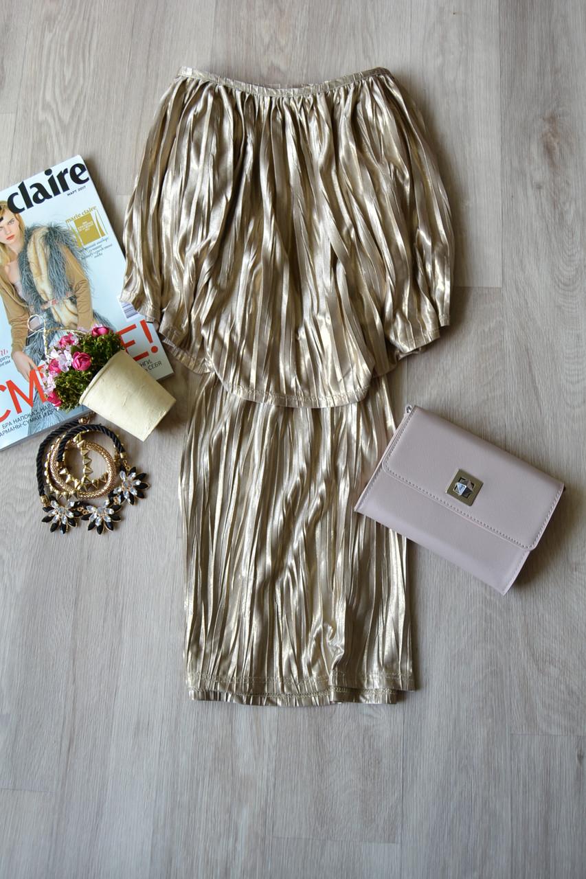 Короткое плиссированное платье с воланом Topshop