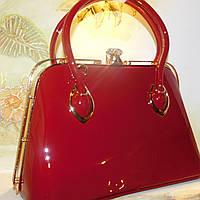 Лаковая женская сумочка