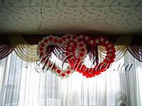 Оформление зала воздушными шарами тканями