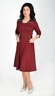 Красивое платье с оригинальным оформлением из дорогого гипюра