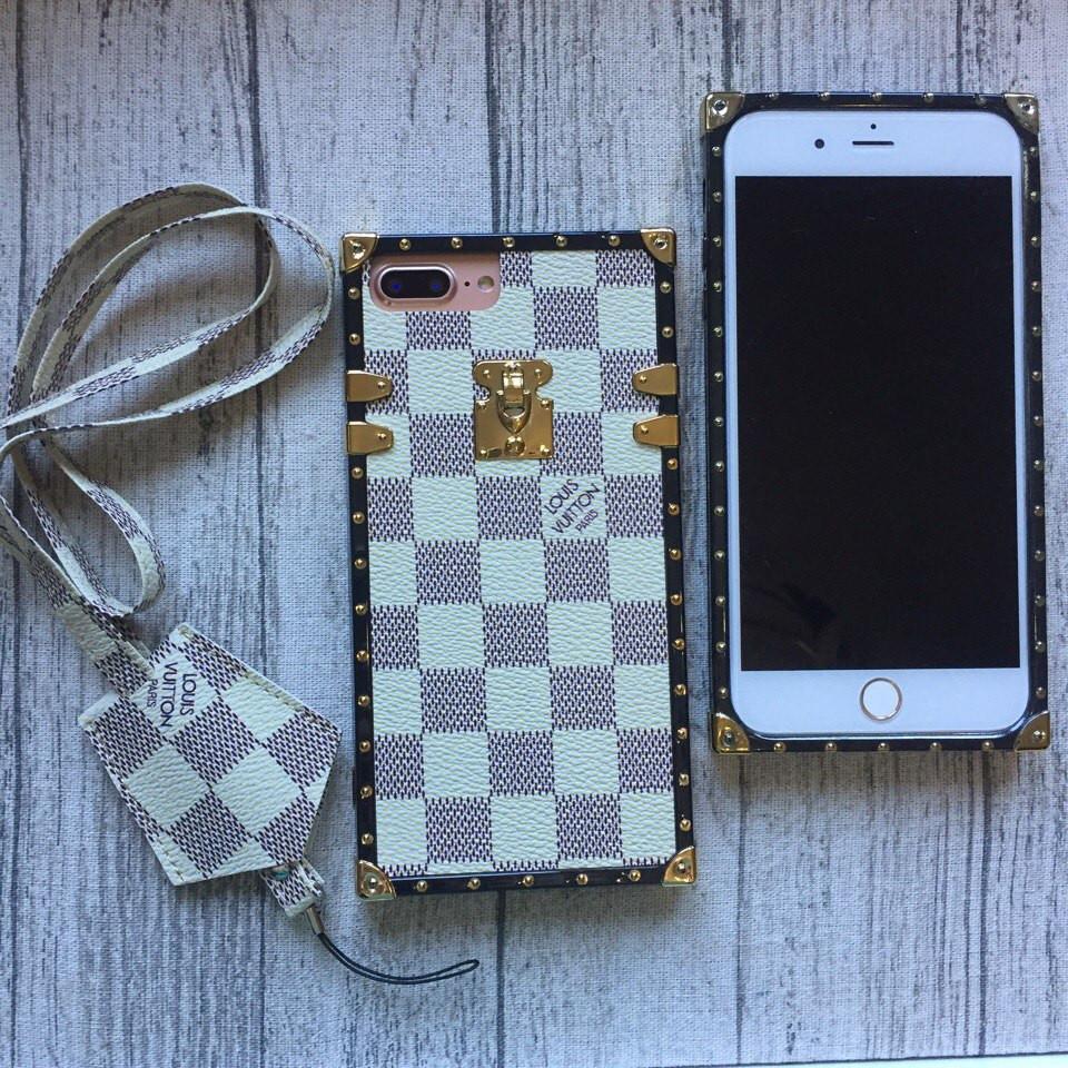 Силиконовый чехол Louis Vuitton белая клетка для iPhone 7 Plus