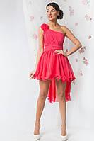 Короткое однотонное вечернее платье с пышной юбкой на одно плечо
