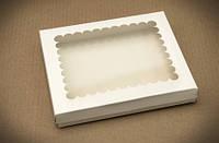 Коробка для печенья и пряников с прозрачным окном, 200х170х30 мм., белая