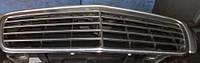 Решетка радиатора 99-MercedesE-class W2101995-2002A2108800683 , A2108800583