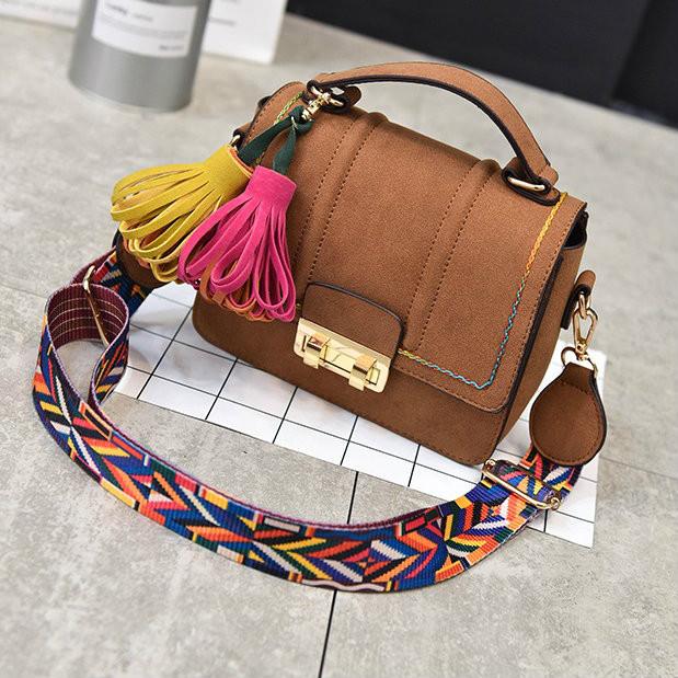 Женская сумочка в стиле бохо