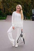 Качественный женский костюм (брюки + кофта) спортивного стиля, белого цвета