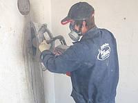 Алмазная резка проемов без пыли в квартирах. Усиление проемов металлом.