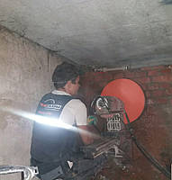 Алмазное сверление отверстия диаметром 520мм. в железобетоне в Харькове