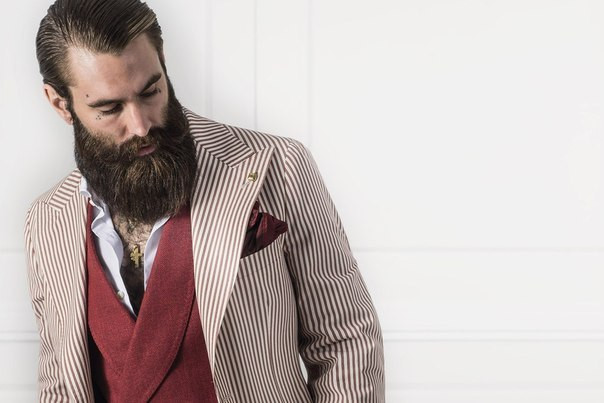 Для настоящих мужчин: как укладывать, стричь и красить бороду