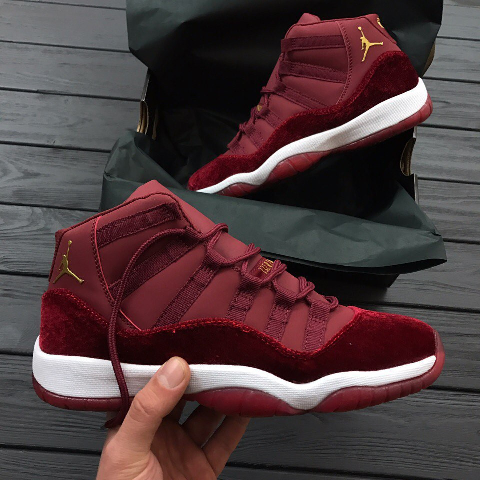 633b199a Женские кроссовки Nike Air Jordan 11 XI Retro (GG) Velvet Heiress Night  Maroon (