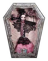 Кукла Дракулаура коллекционная Monster High Draculaura Collector Doll CHW66
