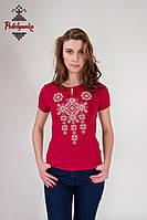 Жіноча вишита футболка Писанка бежева на бордовому, фото 1