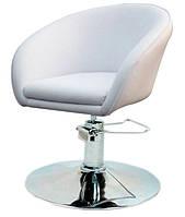 Парикмахерское дизайнерское кресло Мурат Р белая искусственная кожа поворотное с гидроподъемником
