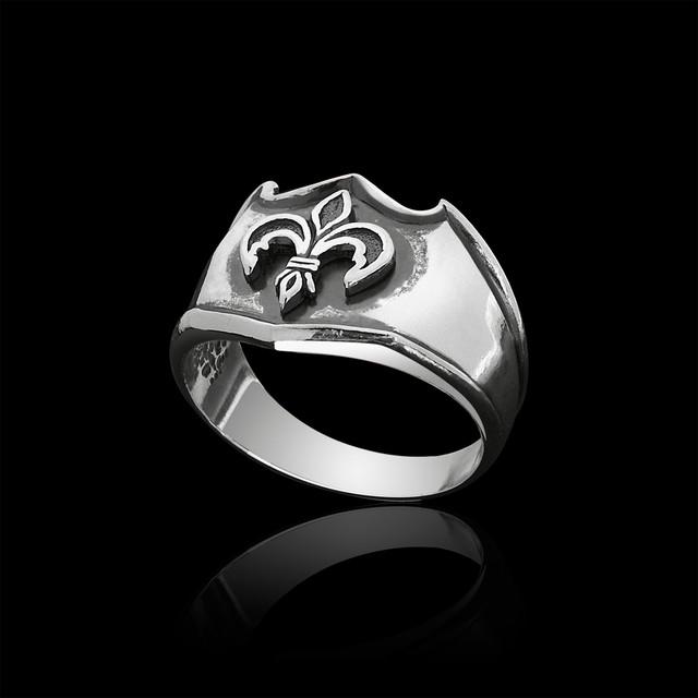 Серебряное кольцо лилия картинка
