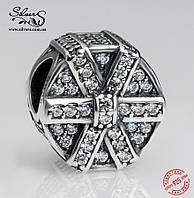 """Серебряная подвеска-шарм Пандора (Pandora) """"Мерцающий подарок"""" для браслета"""