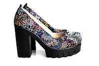 Кожаные разноцветные туфли-лодочки на высокой платформе с каблуком, фото 1