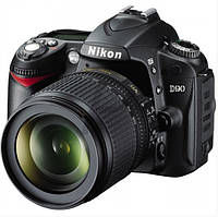 Цифровой зеркальный фотоаппарат Nikon D90 18-55VR Kit