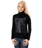 Женский свитер с вешалкой и цепочкой черный